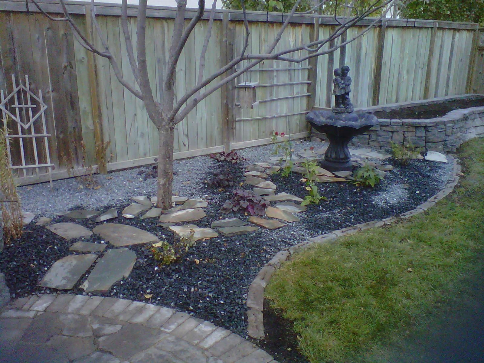 Residential landscaping veert landscaping inc asphalt for Professional landscaping