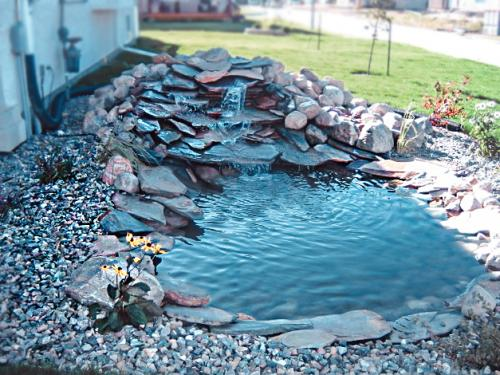 Veert Landscaping Inc. - Water Feature - 2